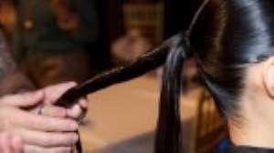 Вечерняя прическа «узел восьмеркой» из коллекции Джад Гандур. Пошаговая инструкция