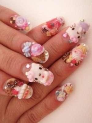 Праздничный японский дизайн ногтей