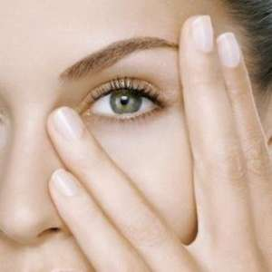 Красивая кожа вокруг глаз