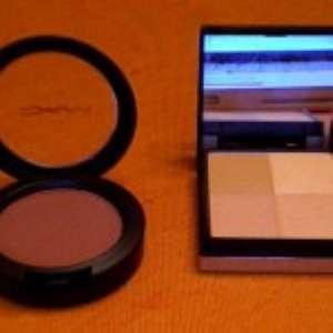Косметика MAC. Фото
