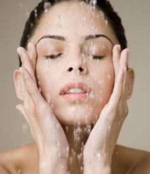 Очищение жирной кожи