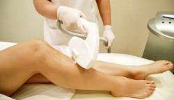 Чем отличается лазерная эпиляция от традиционных методов удаления волос?