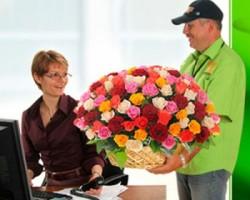 Служба доставки цветов. Как порадовать любимую?