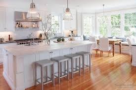 Кухня и столовая — два в одном