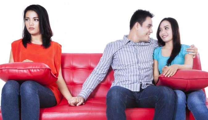 Любовный треугольник: простить или отпустить?