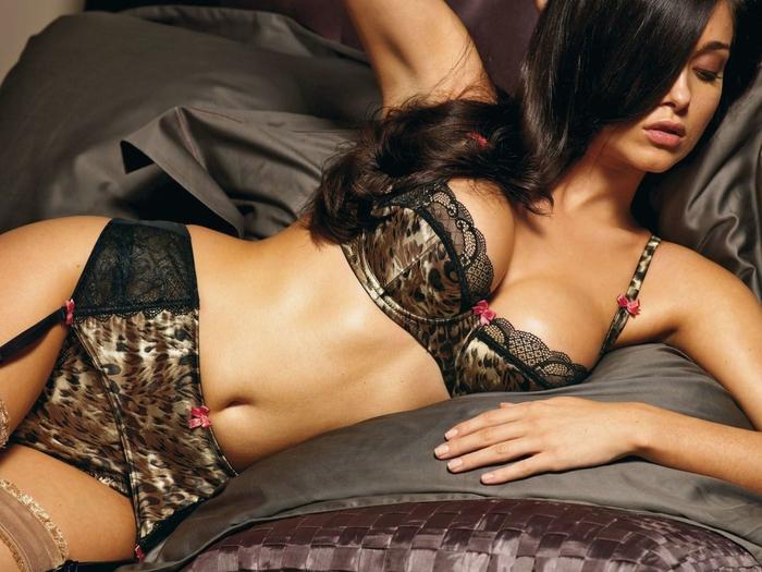 5 вещей, которые волнуют девушек в себе, но мужчинам безразличны