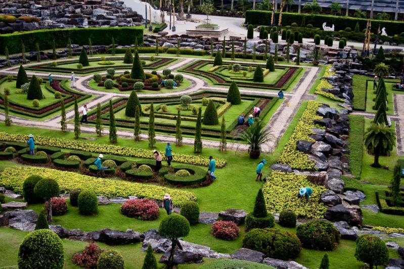 Садовые традиции красоты и покоя