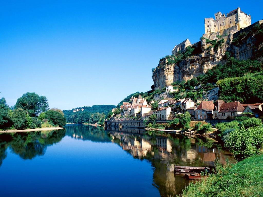 Бургундия, Нормандия, Шампань или Прованс, или Французские провинции